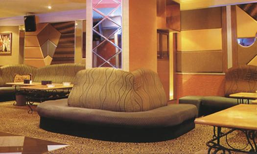 个性沙发翻新